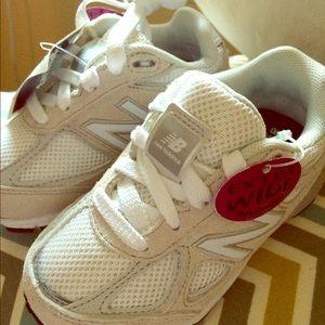 White new balance kids sneakers